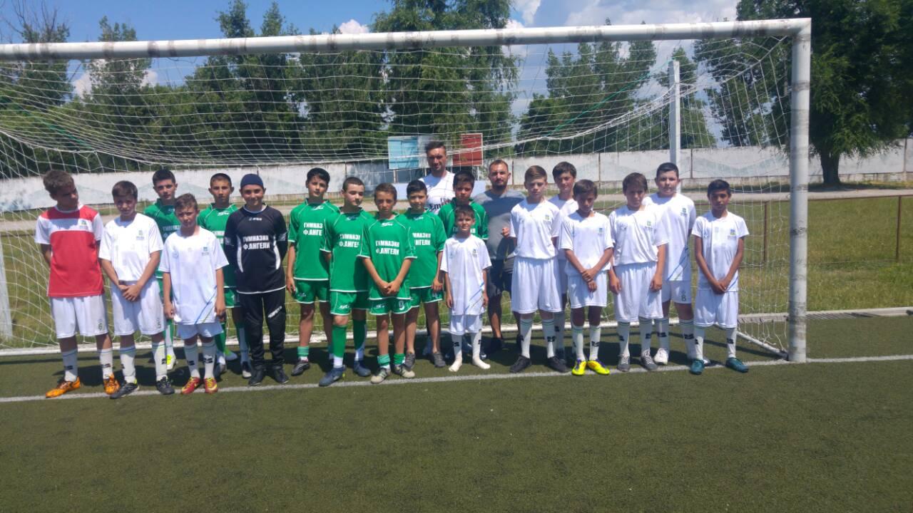 Юные футболисты Комратской Муниципальной спортшколы сыграли товарищеский матч с командой ФК с.Гайдар