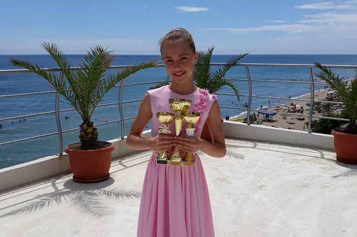Анна Драгу удачно выступила на Международном фестивале-конкурсе «НАДЕЖДА ОБЗОРА- 2018» (Болгария)