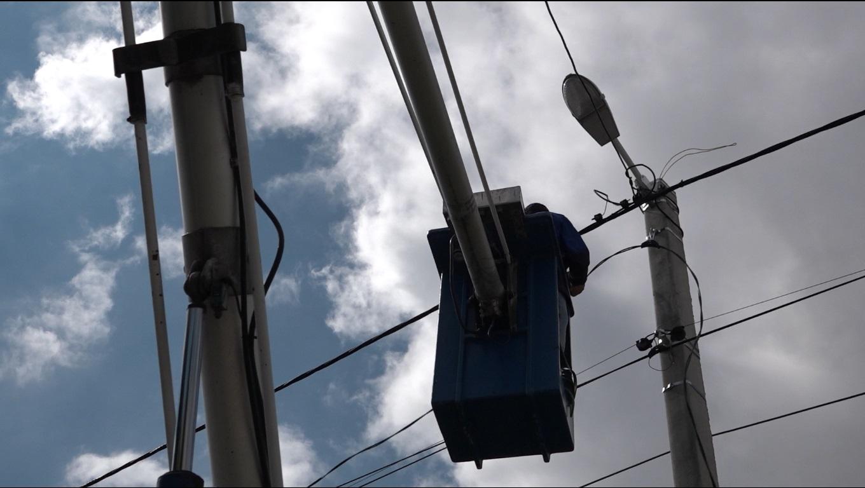 Служба электромонтеров МП ЖКХ провела замену 24 осветительных приборов в м.Комрат